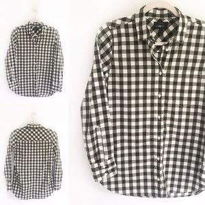 J. Crew Lightweight Boy Shirt in Oversized Gingham